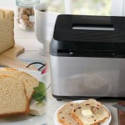Bezlepkový chlieb v domácej pekárničke
