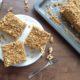 Bezlepkový medovo-orechový koláč