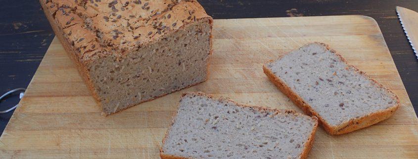 Bezlepkový semiačkový chlieb