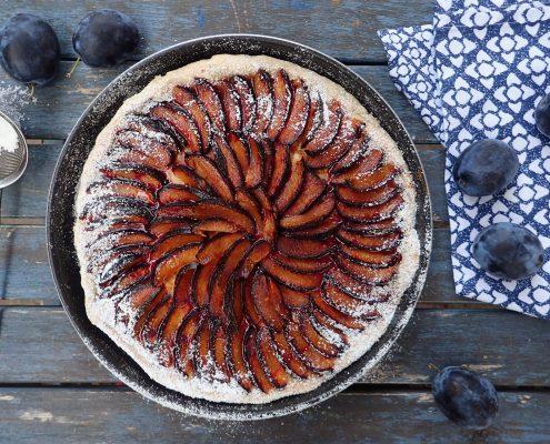 Jednoduchý švestkový koláč bez lepku